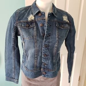 A Pea in the Pod Distressed Jean Jacket NWOT M